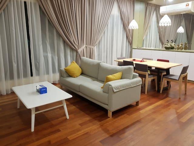 Seaview Room in Masai Johor!