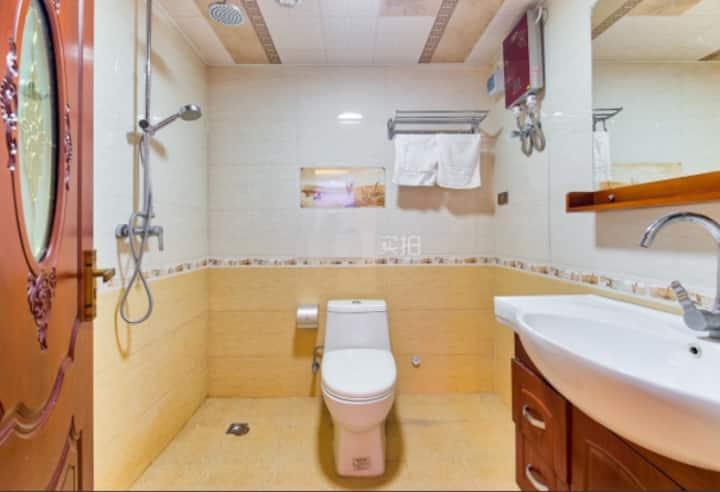 100㎡铁东区洋房双室,干净、V15694128940方便、价格首选