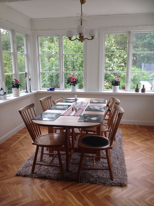 Dining room in the flower room