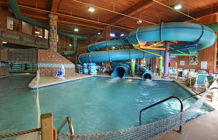 Sanctuary Lodge at Splash Canyon