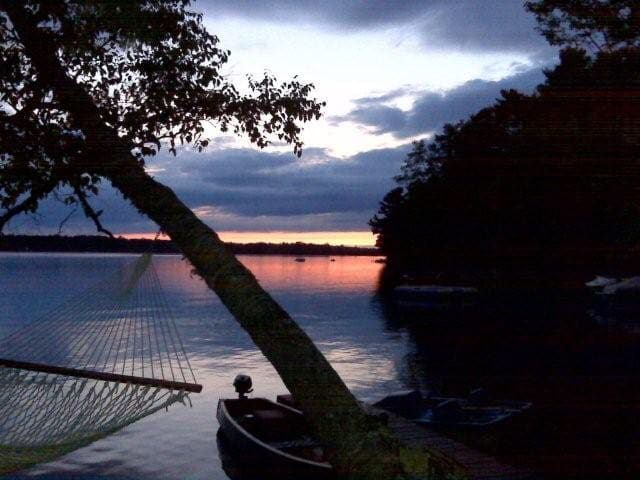 Private Maine Lakefront Cottage