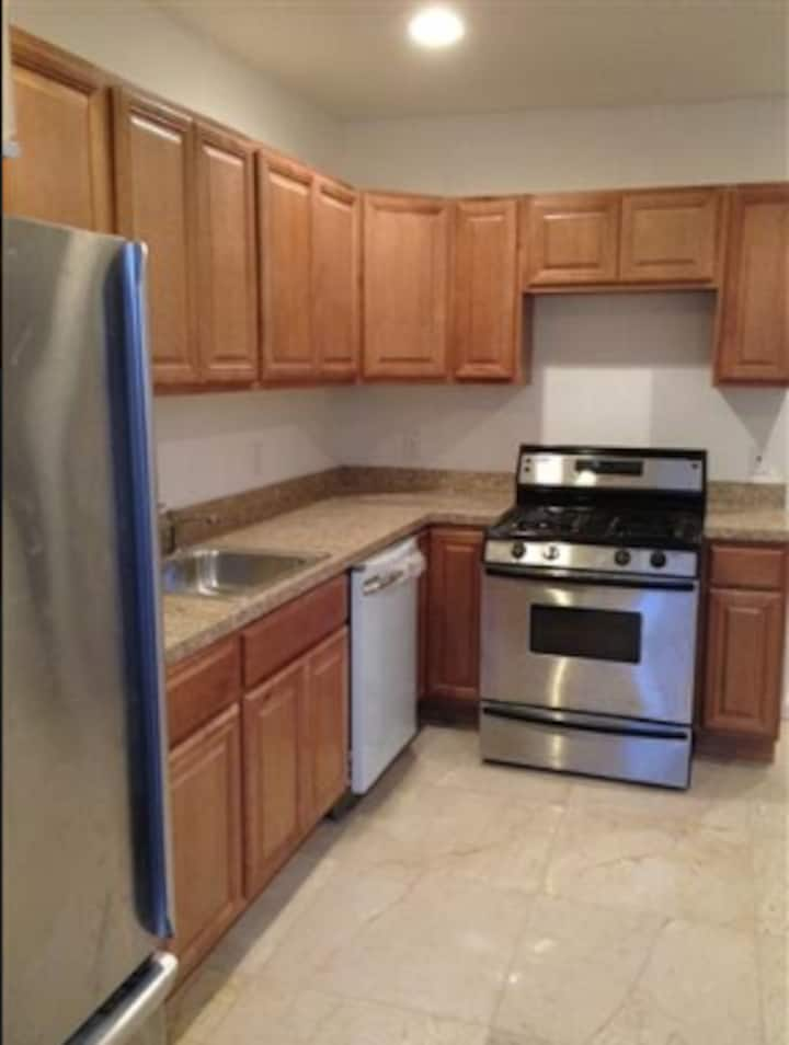 nice clean open spacious 2 b apt by Blvd East NYC