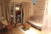 Lovely room with home touch