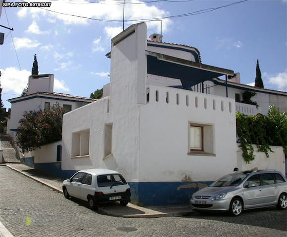 Casa Dr. Barata - Vila Viçosa - 公寓