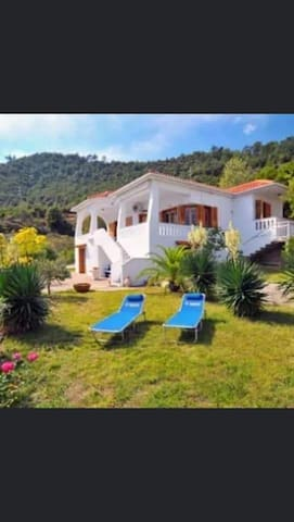 Villa with  great sea views