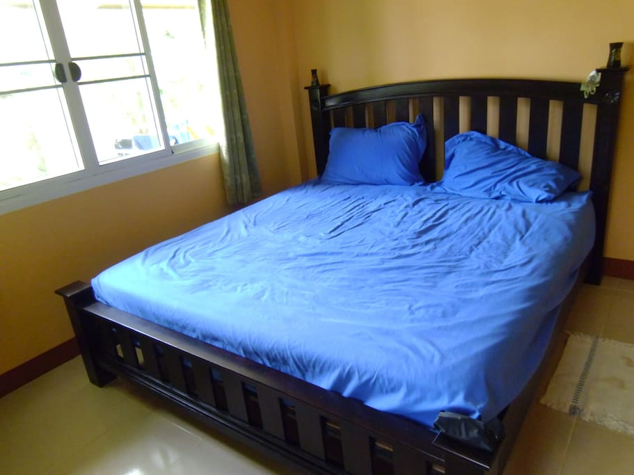 кровать king size