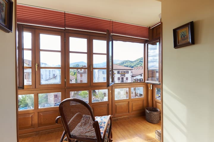 Airy apartment in a charming spot in Elizondo - Elizondo - Condomínio
