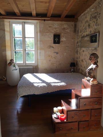 Chambre avec vue sur fleuve / Estey - Langoiran - Casa
