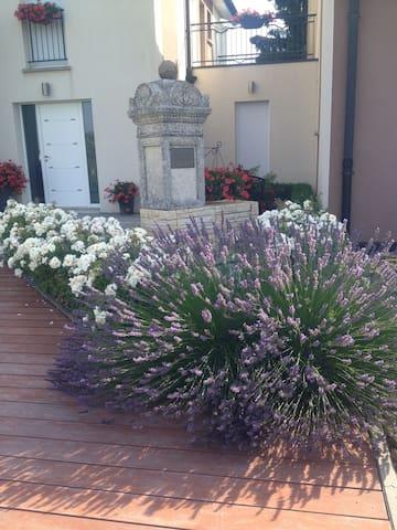 Villa des Roses - Cosnes-et-Romain - Talo