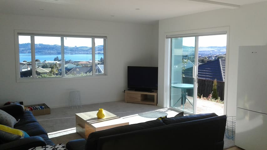 Best Of All Worlds self contained aprtment - Taupo - Apartment