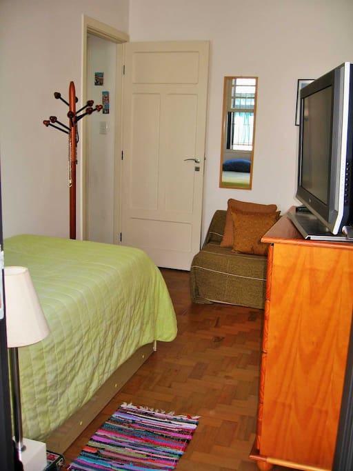 quarto do(s) hóspede(s) - guest room - visão A