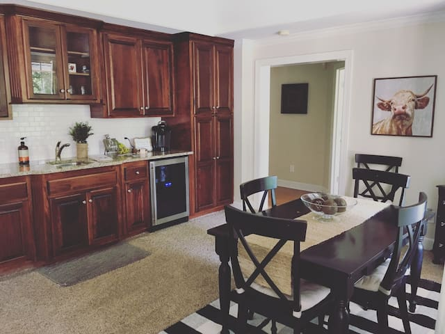 Private basement close to downtown Franklin