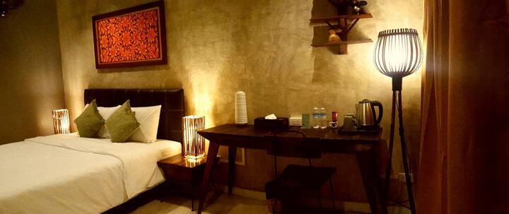 Rm 2: Hidden Spot, King Bed, Near Nite Bazaar