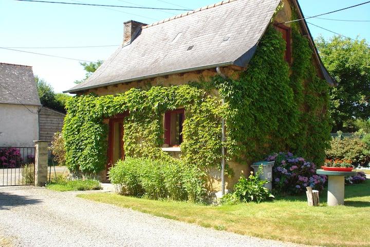 Maisonnette studio à la campagne
