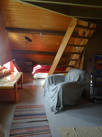 Big 2 beds room under the roof