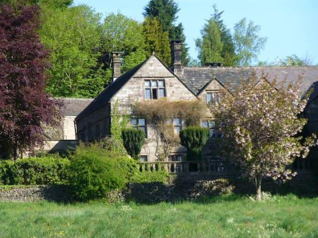 Riber Hall Manor House with Hot Tub