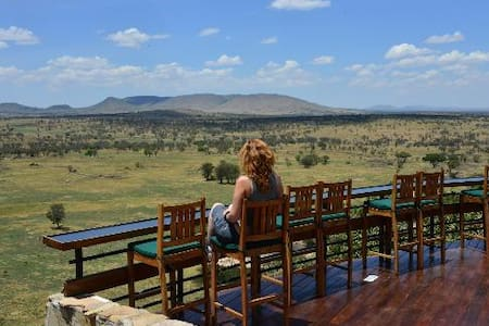 An Amazing Endless Plain Of Serengeti View.