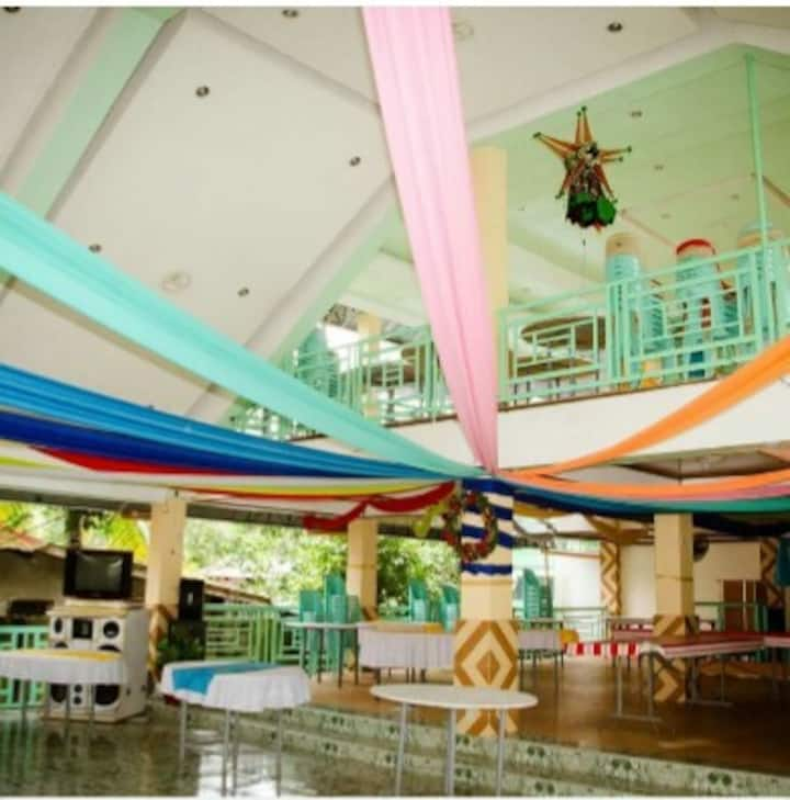 Marbezen Inn and Multipurpose Hall (Good for 2B)
