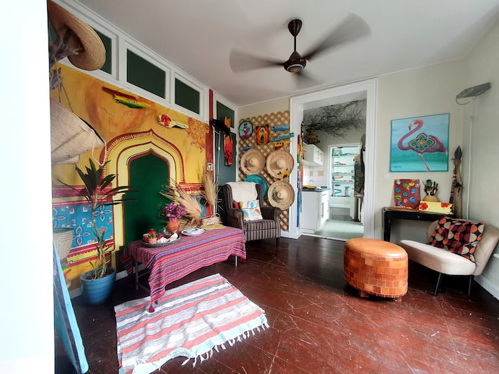Colorful Atelier & Home apartment of local Artist
