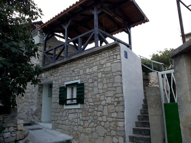 """Šparoga "" -  Dalmatian stone house for  holiday"