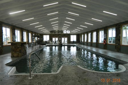 Heavenly*Pool*HotTub*Firepit*  Chatt. Tn 21 miles