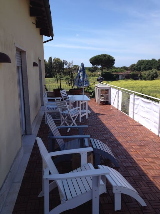 40 m2 terrace with access to all three rooms