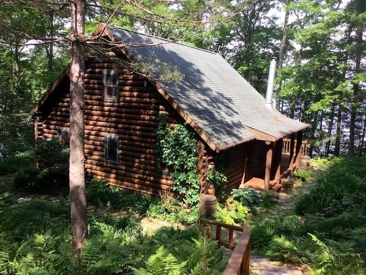 Hayward Log cabin retreat