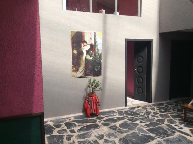 The OASIS Bed and Board - Cuenca - Bed & Breakfast