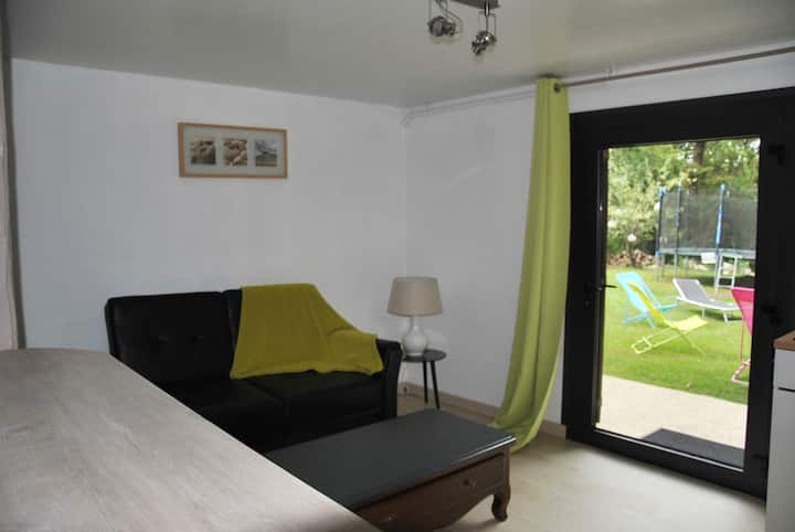 STUDIO LES VIGNES of 55m² ideally located