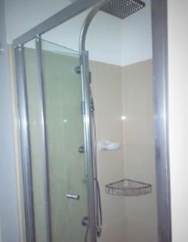 1 Bedroom Condominium near Makati, BGC or Ortigas - Mandaluyong - Condominium