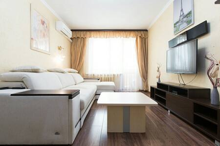 Comfort Ap@rtments on Perekopskaya - Wohnung