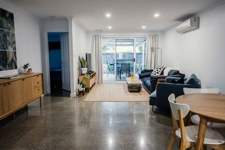 Families Welcome    Villa 42 Busselton Jetty Stays