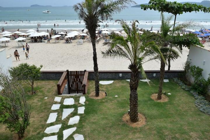 Incrível casa na bela praia de Geribá - Búzios/RJ