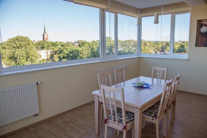 Panoramic View Apartment in City Center By Cohost