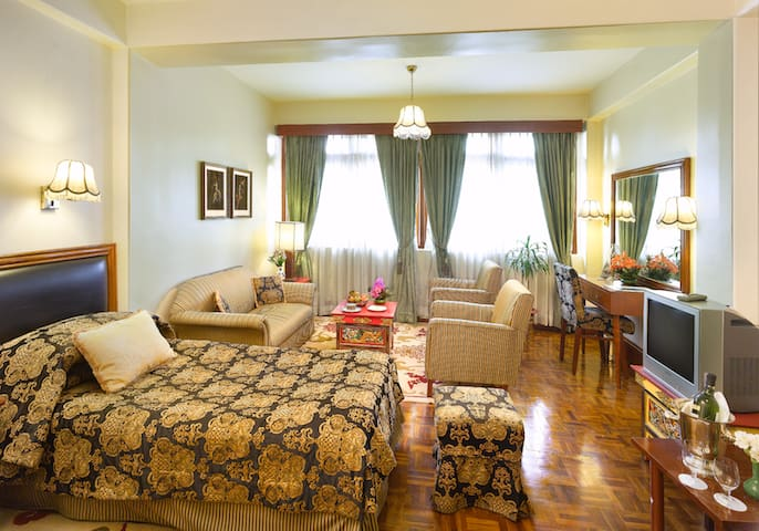 Suite Room | The Elgin Nor-khill | Colonial Hotel - Gangtok