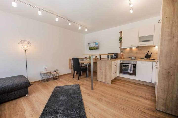 schönes, neues Apartment