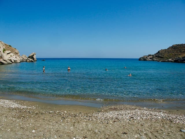 SYROS Abela Airconditioned Free wifi Apartment: 2