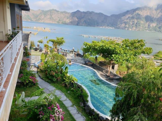 Lakeside Batur hotel