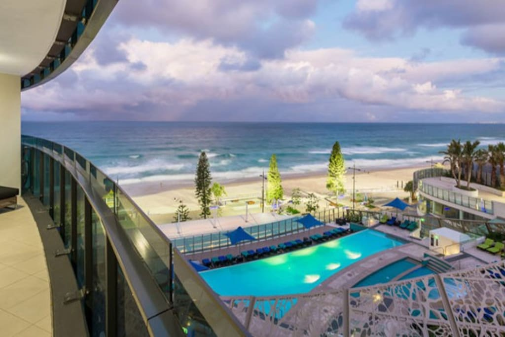 Soul Surfers Paradise - Holiday Holiday