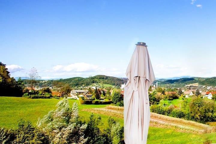 GästeTRAUM mit wunderschönem Ausblick und Garten