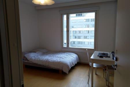 Furnished  room nr 1 Jarrumiehenkatu , Helsinki