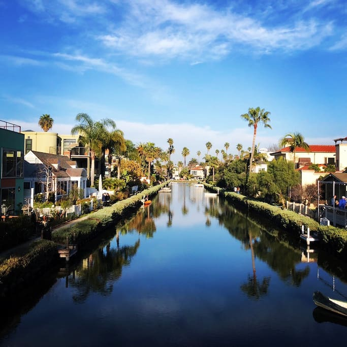 Venice Canals in just 2 minutes walking distance