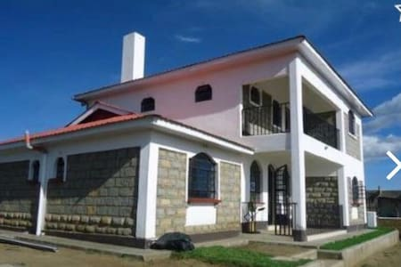 Perfect location and view - Naivasha