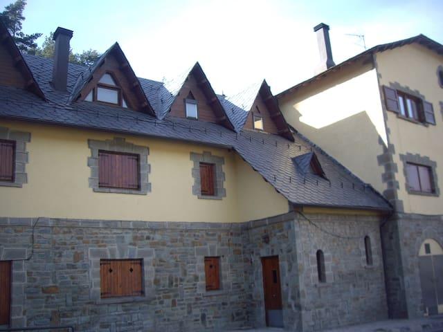 Apartament a La Molina - Estació tren