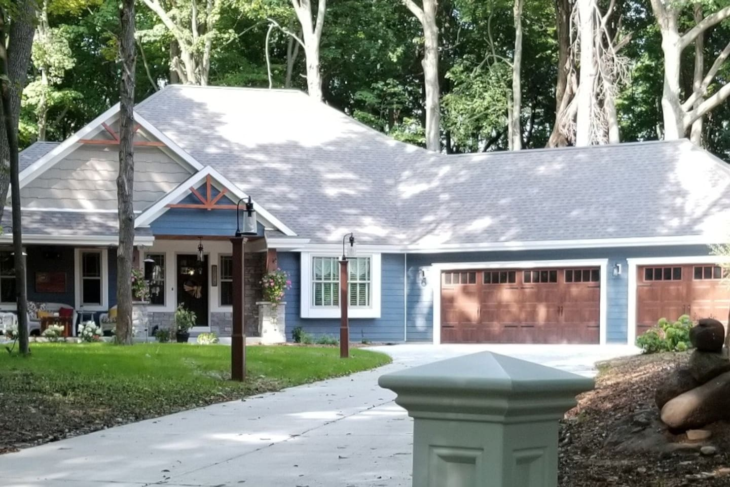 2 Acre Woodland Retreat, just 30 Minutes from Downtown Milwaukee
