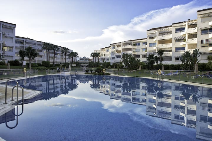 Airbnb Puerto Banús Vacation Rentals Places To Stay