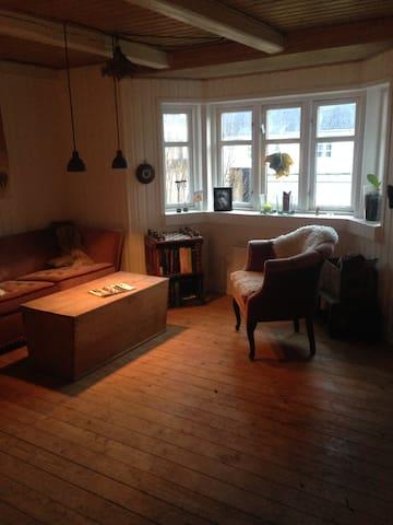 Hyggeligt gammelt fiskerhus. - Blokhus - Huis