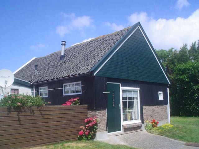 "Kekke authentieke studio in Callantsoog, ""Koeboet"""