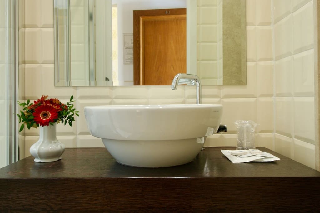 Superior and Executive Bathrooms details