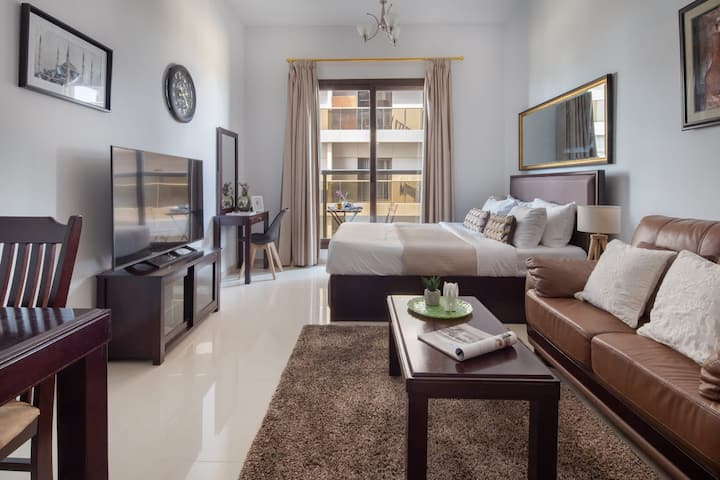 Cozy & Spacious Studio in the Heart of Sports City